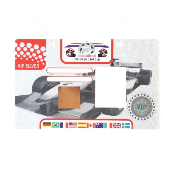 Primer XXL akreditacijske kartice po meri